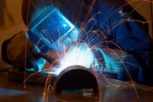 welder-in-the-dark-2